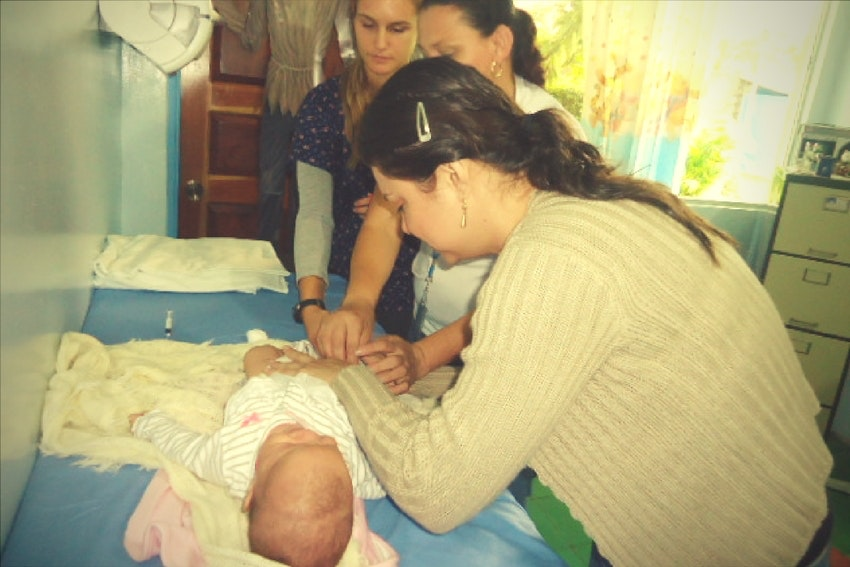 International midwifery internships for nursing students
