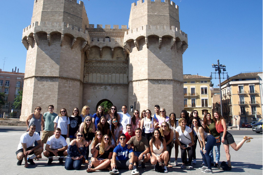 English language internships in Spain, Intern Abroad HQ