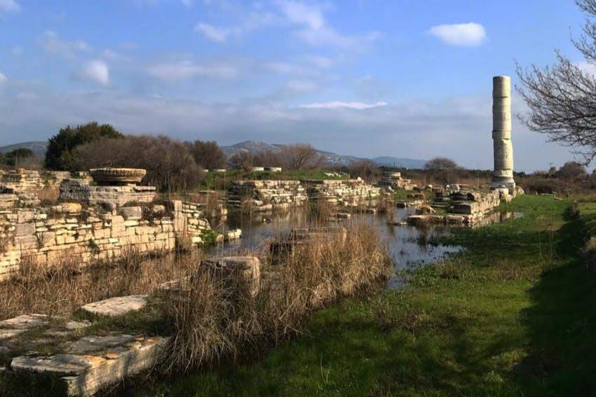 Aencient ruins in Samos Island, Greece - Intern Abroad HQ