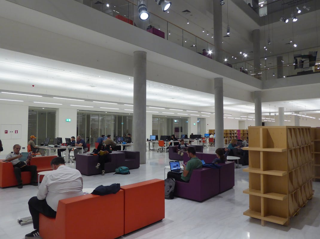 Facilities in the National Library of Greece at the Stavros Niarchos Foundation Cultural Center (SNFCC)