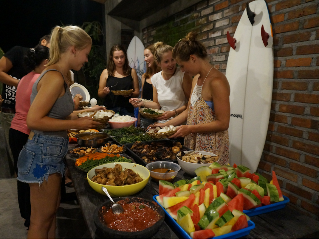 Interns dine together for Christmas in Bali