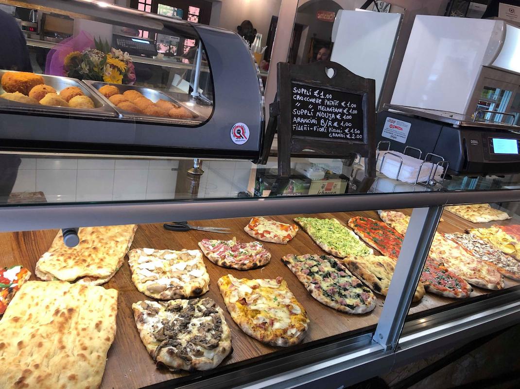 Pizzeria in Rome, Intern Abroad HQ