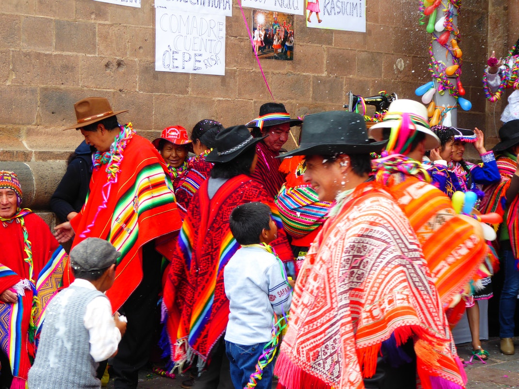 Celebrating Day of the Comadres in Cusco