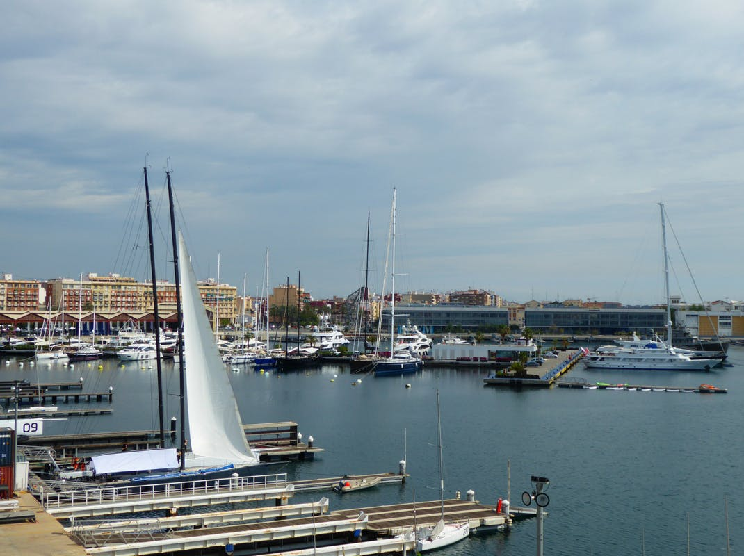 Harbour and marina of Valencia, Spain, Intern Abroad HQ