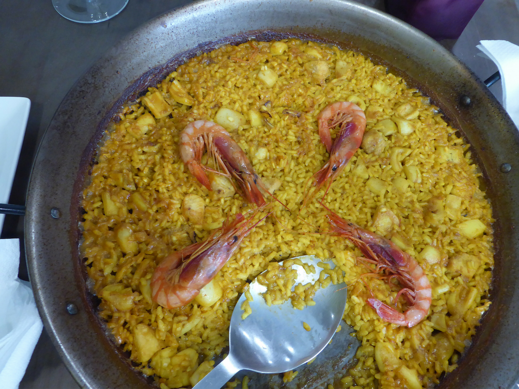 Paella dish in Valencia Spain, Intern Abroad HQ