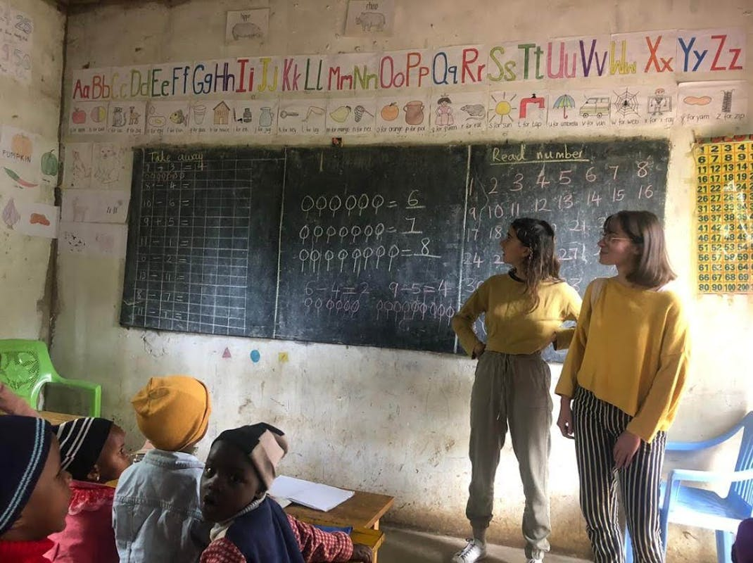 Gain classroom teaching experience in Africa with Intern Abroad HQ